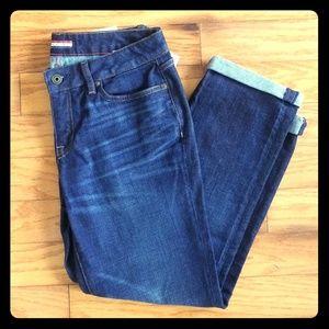 Tommy Hilfiger Women's Boyfriend Crop Dark Jeans